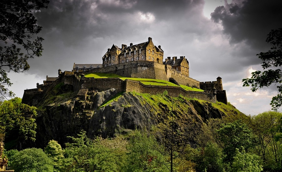 Full-Day Edinburgh Day Trip London Tours