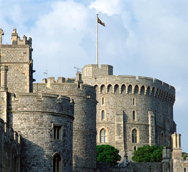 how to visit windsor castle from london